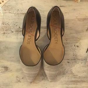 Sole society heels. Brand new never worn!!